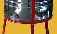 Медогонка поворотная 4х- р. НЕРЖ.-бак и кассеты(сварные)с крышкой подставкой и червячным эл.приводом с аюм.кор