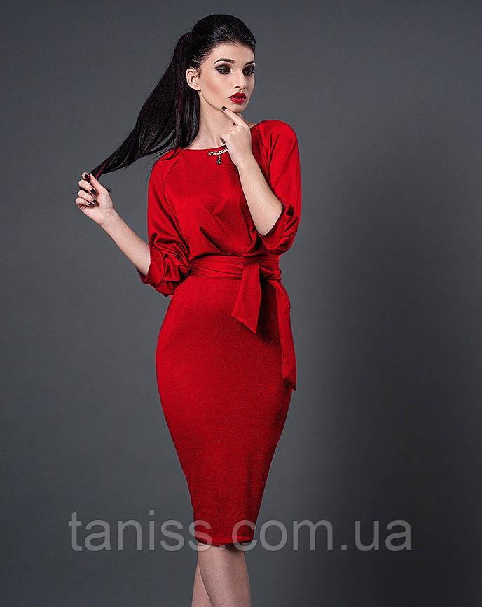 Ділове молодіжне плаття трохи нижче коліна, рукав до ліктя на манжеті, трикотаж р. 44 червоне (256)
