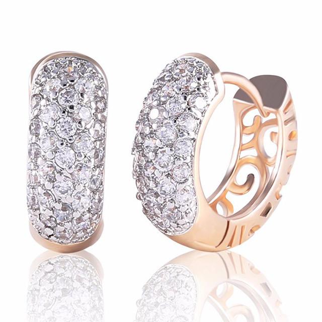 Серьги-кольца - Каменное колесо (Золотые с белым камнем)