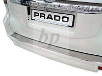 Защитная хром накладка на задний бампер с загибом Toyota land cruiser 150 Prado (тойота ленд крузер прадо 2009