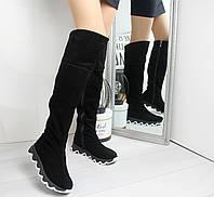 Демисезонные женские высокие сапоги из замши на флисе с рефленой подошвой 742428