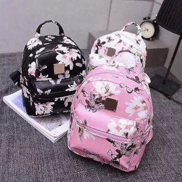 Женский рюкзак с бабочками и цветочками Flowers