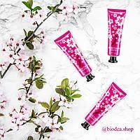 "Зволожувальні креми для рук Images Hand Creams Plant Extract ""Сакура"""