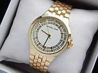 Женские кварцевые наручные часы копия Michael Kors (Майкл Корс) золото, белый циферблат, фото 1