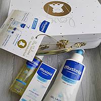 Лимитированный  Набор детской косметики Mustela для деток с рождения в золотом чемоданчике