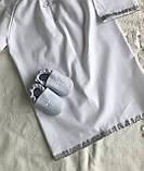 Белый с серебристым набор для крещения 3-ка ( пинетки, длинная рубашка и мешочек для первого локона), фото 3