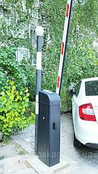 Стойка автоматического шлагбаума Дорхан Барьер 4000 Про выполнена в черном цвете, в соответствие с новым фирменным стилем оформления всей линейки продукции компании
