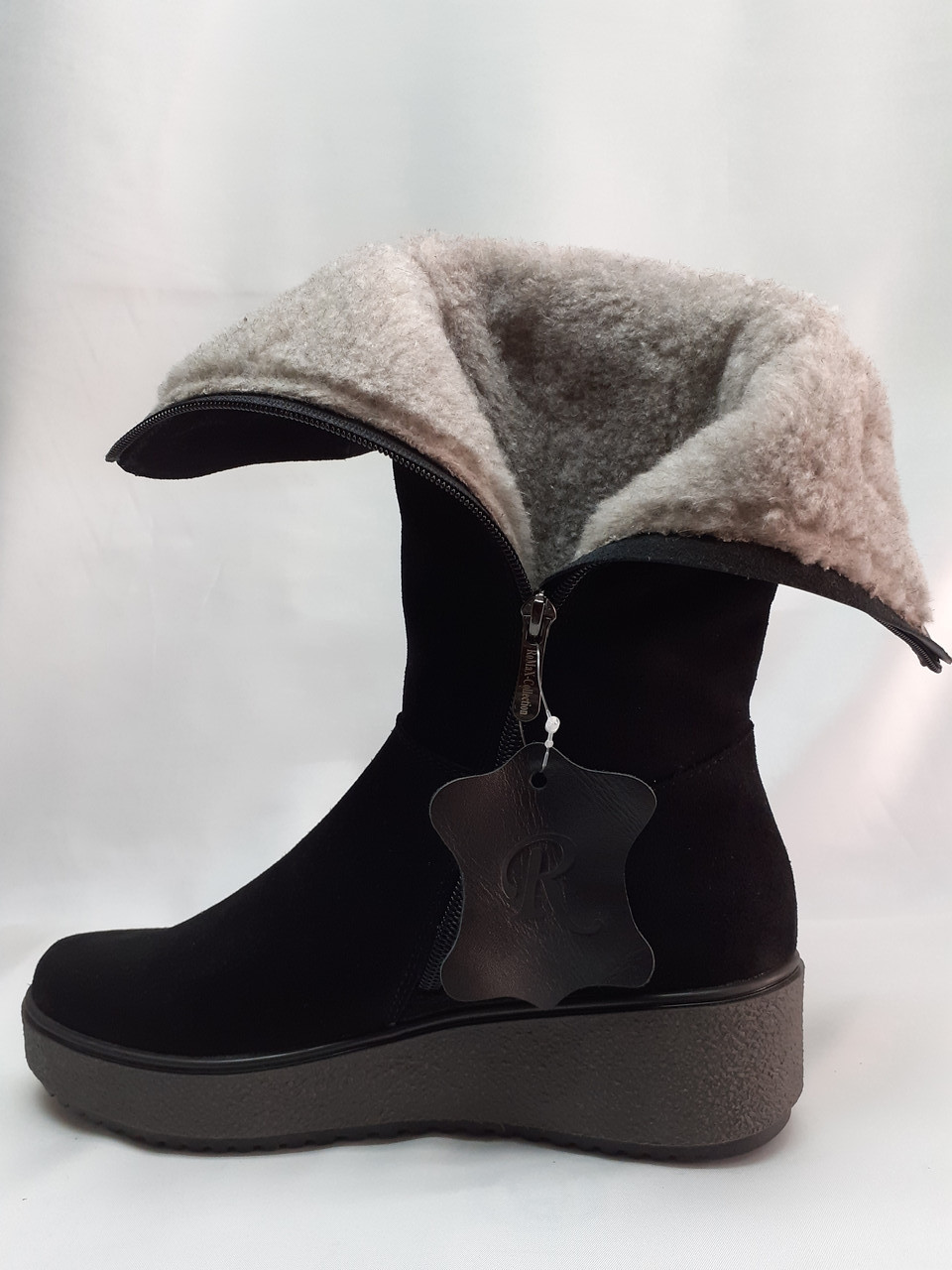 Зимние комфортные женские замшевые полусапоки Romax