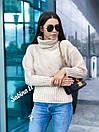Женский свитер прямого кроя со спущенным плечом и большим высоким воротником 7sv569, фото 4