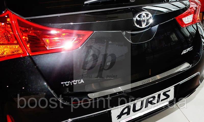 Защитная хром накладка на задний бампер (планка без загиба) Toyota auris II (тойота аурис 2012г+) - boost-point (bp): Интернет-магазин тюнинга и авто-аксессуаров для автомобилей в Харькове в Харькове