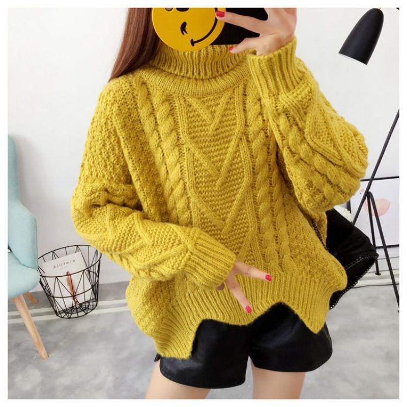 Вязаный свитер с узорами 42-46