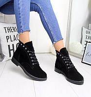 Демисезонные женские ботинки из натуральной замши на шнуровке 74OB32