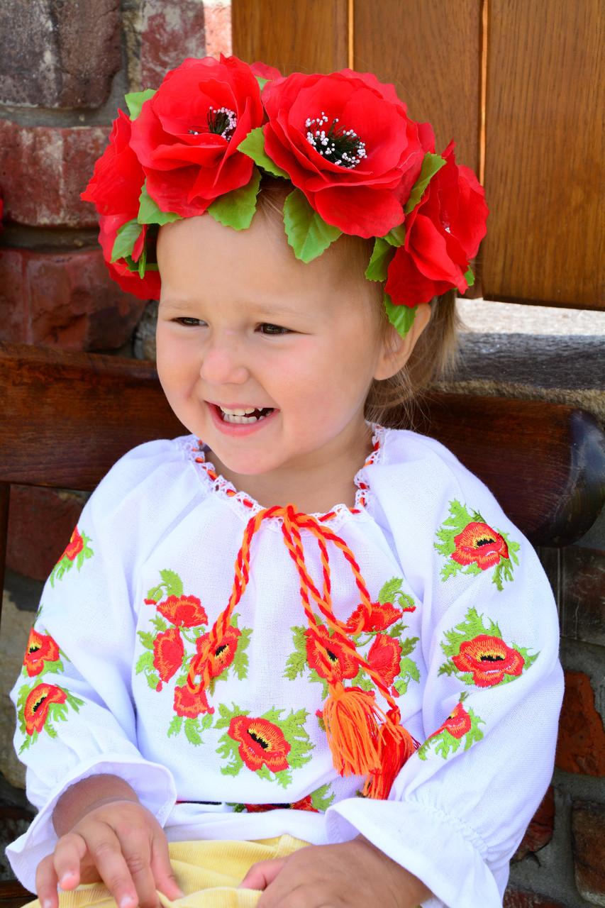 Красивая вышиванка для девочки на домотканом полотне