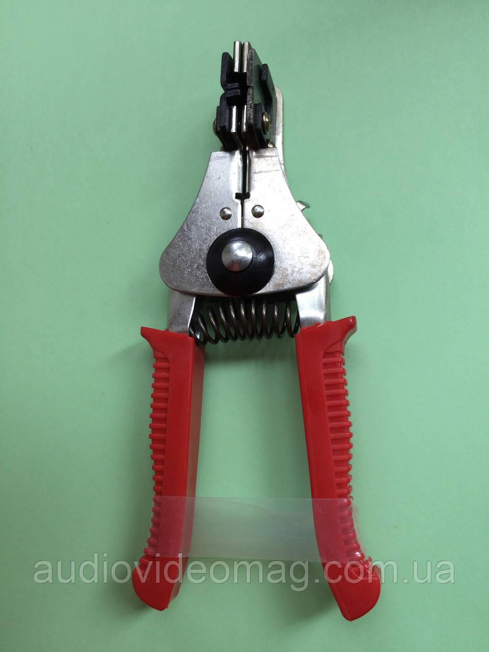 Инструмент для снятия изоляции с проводов от 0,5 до 2.2 мм. кв.