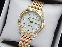 Женские кварцевые наручные часы копия Michael Kors (Майкл Корс) золото с камушками, белый циферблат, фото 1