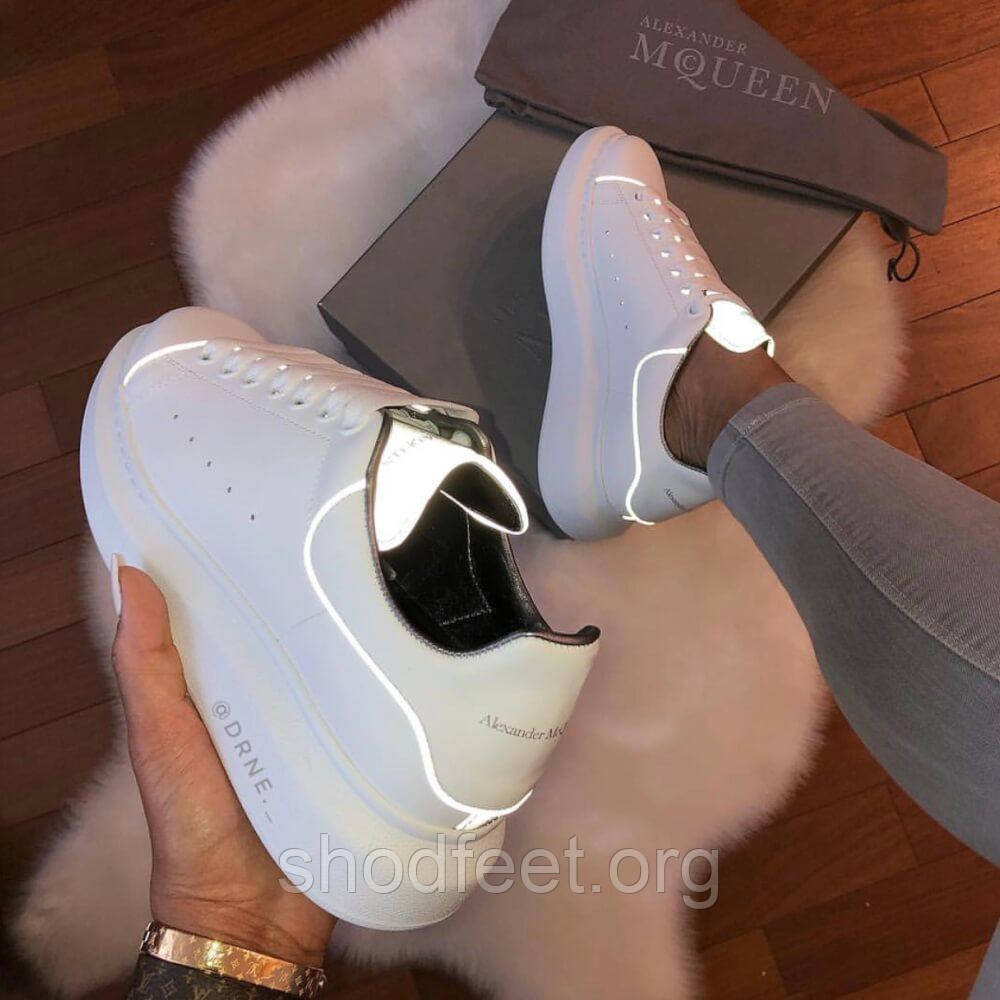 Женские кроссовки Alexander McQueen Reflective White