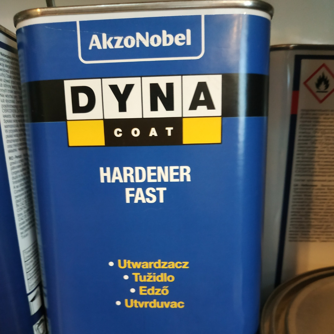 Универсальный отвердитель быстрый Dynacoat Hardener Fast  2,5л