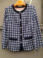 Пиджак женский больших размеров на пуговицах