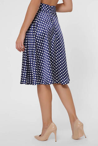 Легкая синяя атласная юбка - клеш в горошек, фото 2