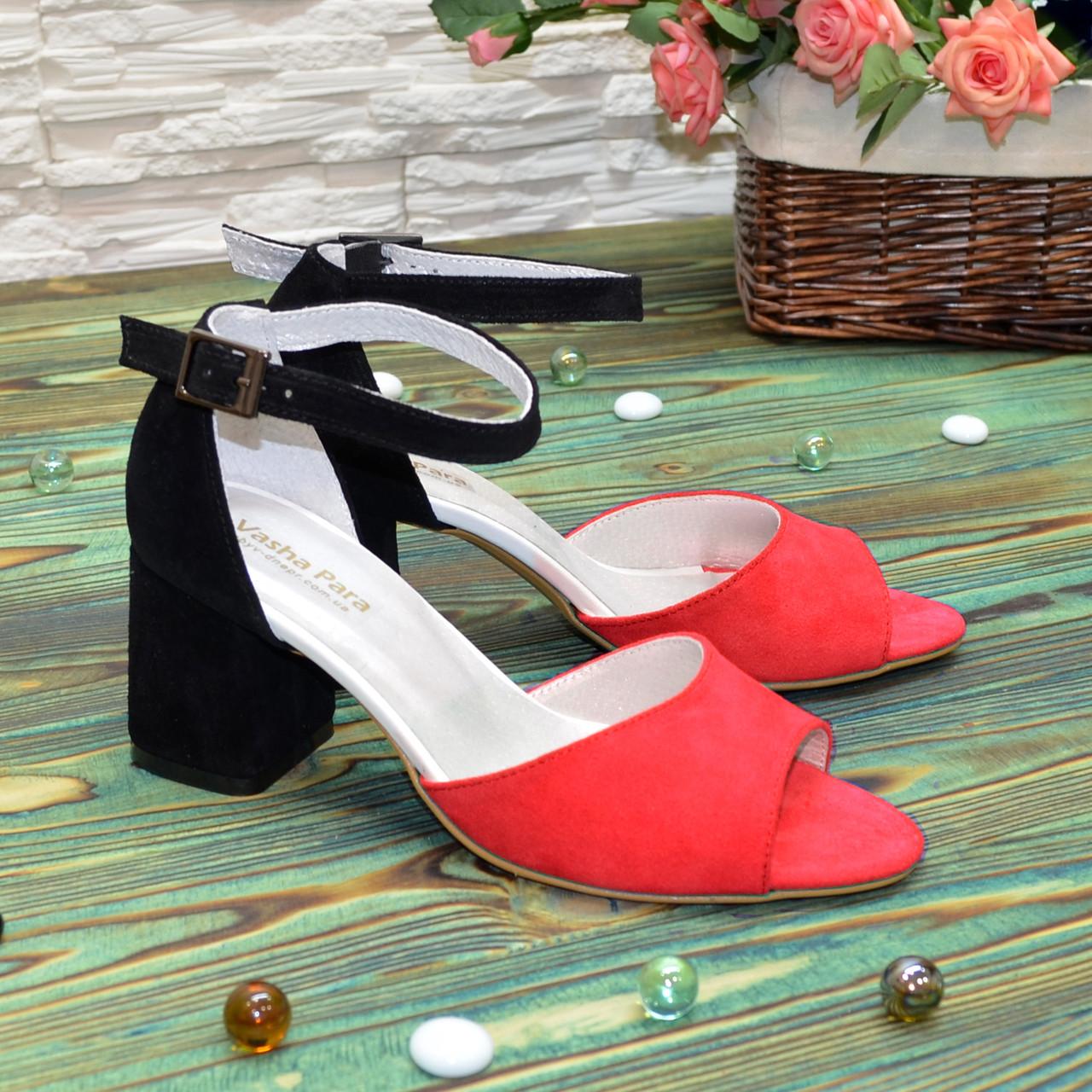 Босоножки замшевые женские на устойчивом каблуке, цвет красный/черный