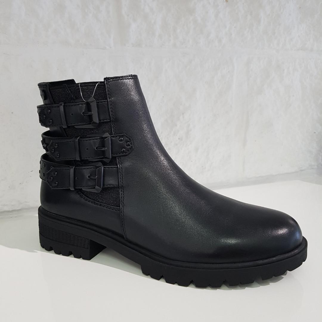 Черевики жіночі TAMARIS чорні 200 Black