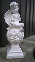 Статуэтка Ангел на шаре с голубем