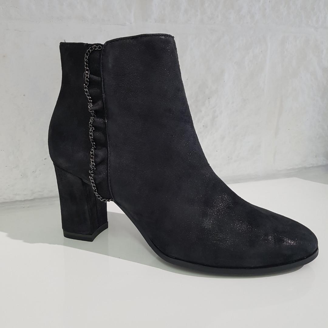 Черевики жіночі TAMARIS чорні 202 Black арт. 25378
