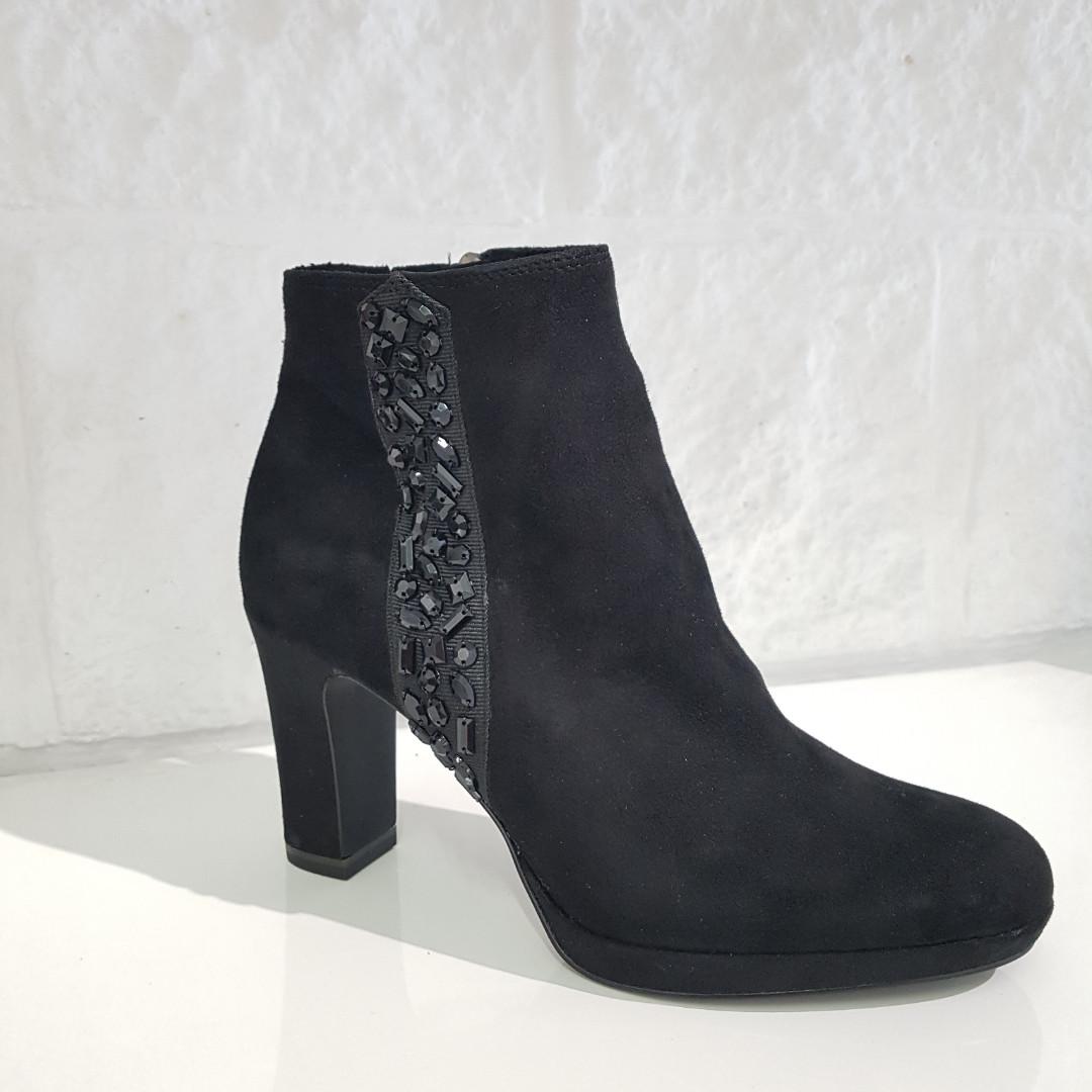 Черевики жіночі TAMARIS чорні 202 Black 1-25385/23-001