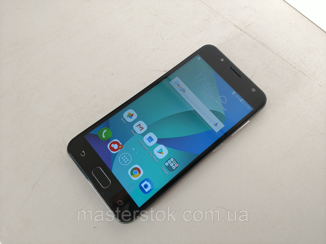 "Asus Zenfone V Live: 5""/4x 1.4GHz/16GB/2GB"