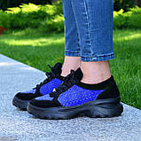 Стильные женские замшевые кроссовки на шнуровке, цвет черный/электрик, фото 4