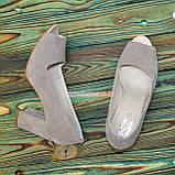 Туфли замшевые с открытым носком, на высоком устойчивом каблуке, цвет бежевый, фото 2