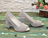 Туфли замшевые с открытым носком, на высоком устойчивом каблуке, цвет бежевый, фото 3