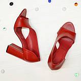 Босоножки женские кожаные на устойчивом каблуке, цвет красный, фото 2
