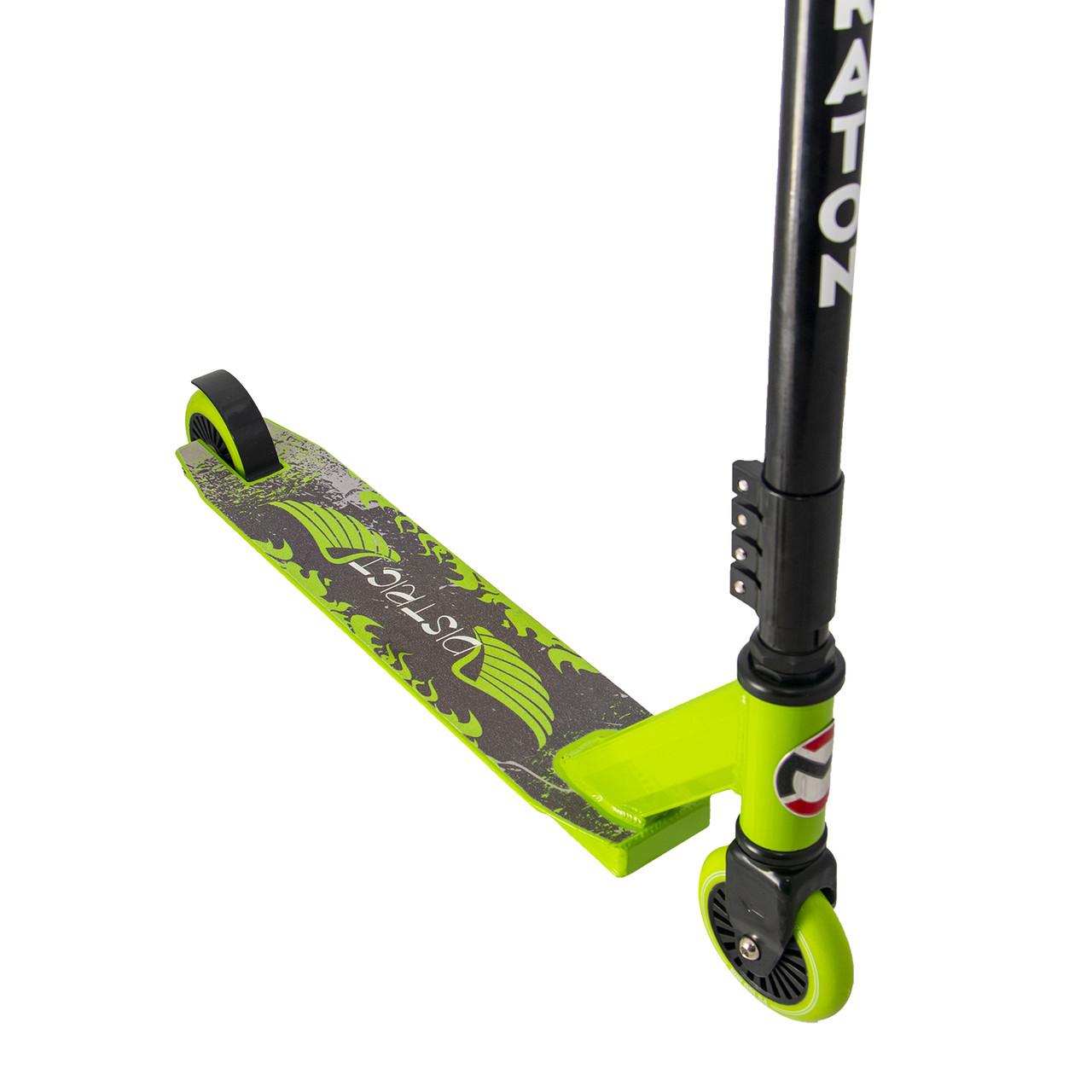 Самокат двухколесный Maraton District трюковый с алюминиевой рамой (зеленый)