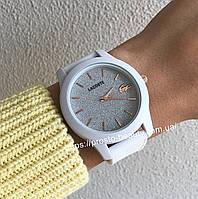 Часы Lacoste белые с блистящим циферблатом