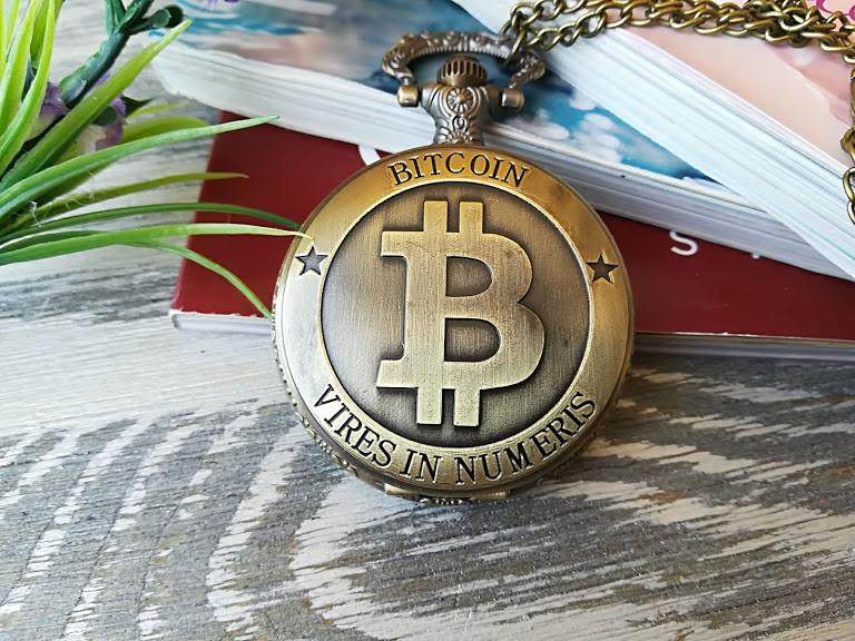 Часы Кулон Биткойн Bitcoin