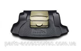 Jaguar XF коврик в багажник новый оригинал