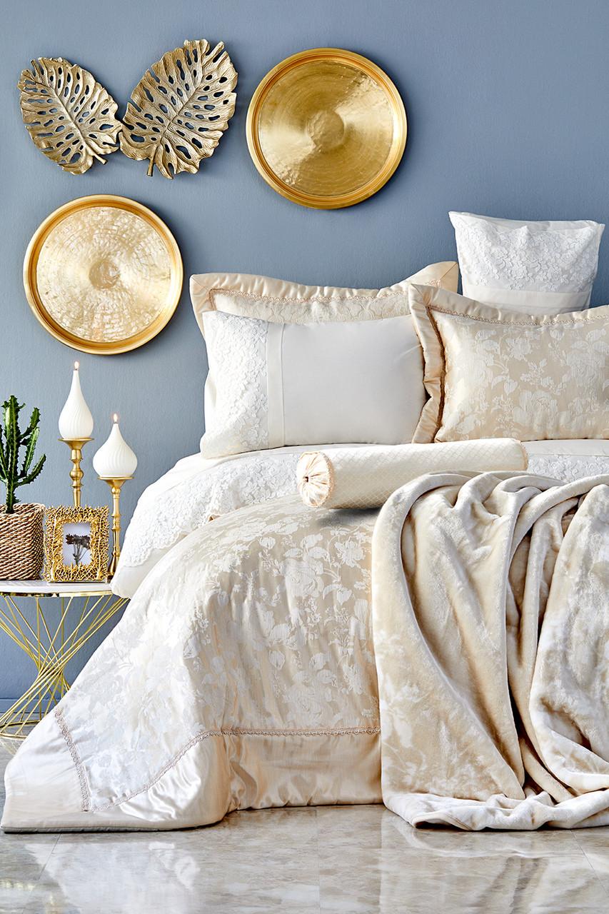Набор постельное белье с покрывалом + плед Karaca Home - Les Roses gold 2019-2 золотой евро