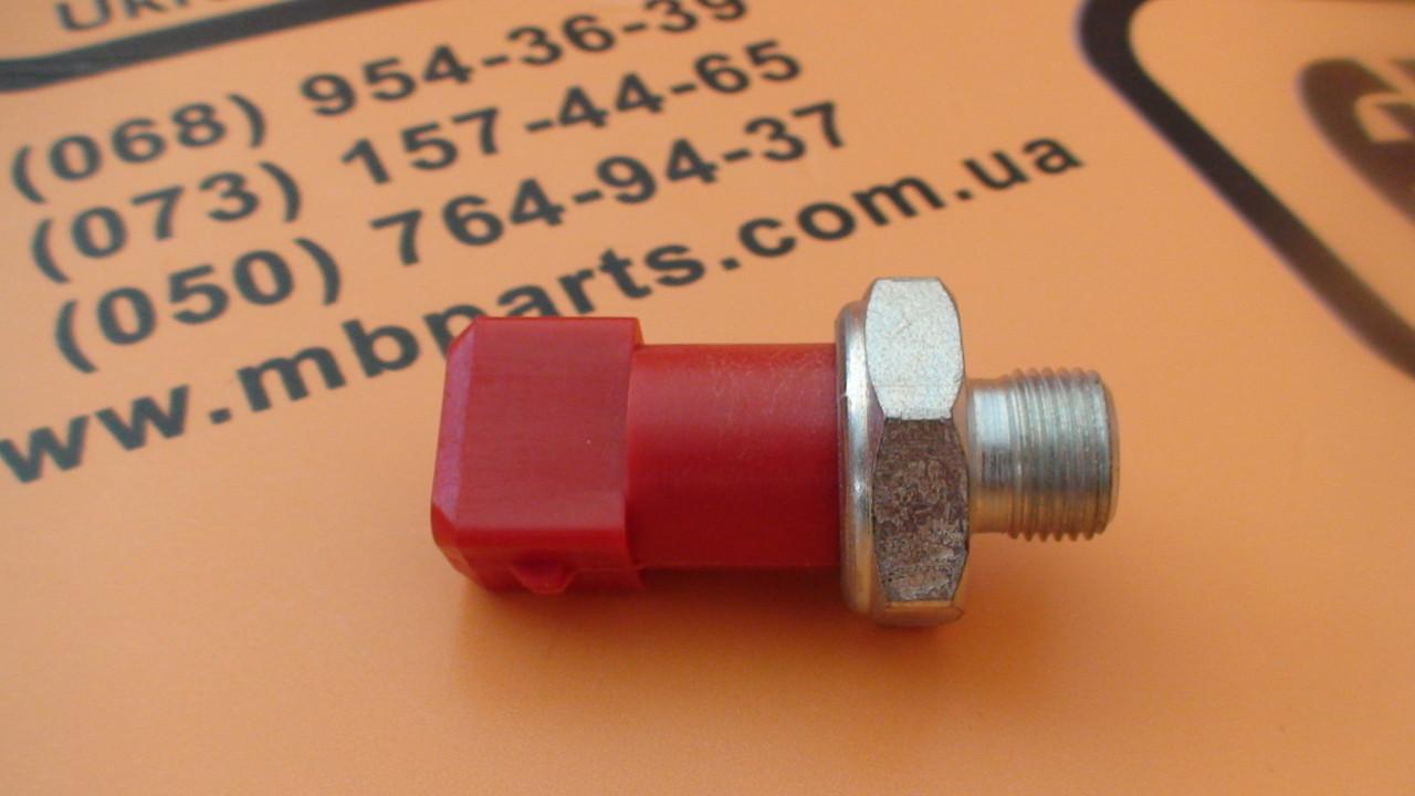 701/41600, 701/37300 Датчик давления масла КПП на JCB 3CX, 4CX
