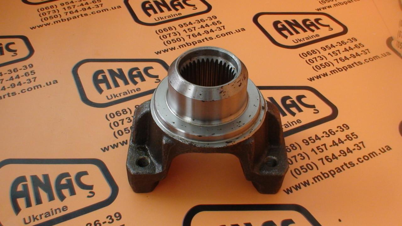 445/10703, 458/20814 Фланец КПП передний на JCB 3CX, 4CX
