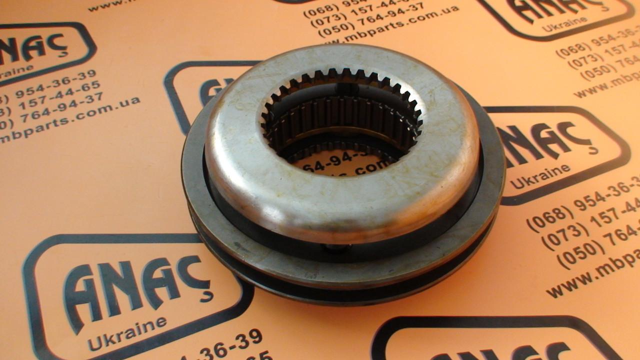 445/03300 Синхронизатор КПП на JCB 3CX, 4CX
