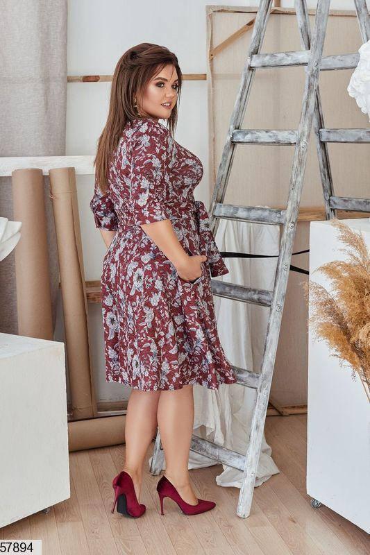 Красивое платье-миди больших размеров с принтом бордовое, фото 2