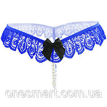 Кокетливые трусики-стринги синего цвета с кружевом и бантиком