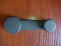 Ручка стеклоподъемника черная форд с-мах