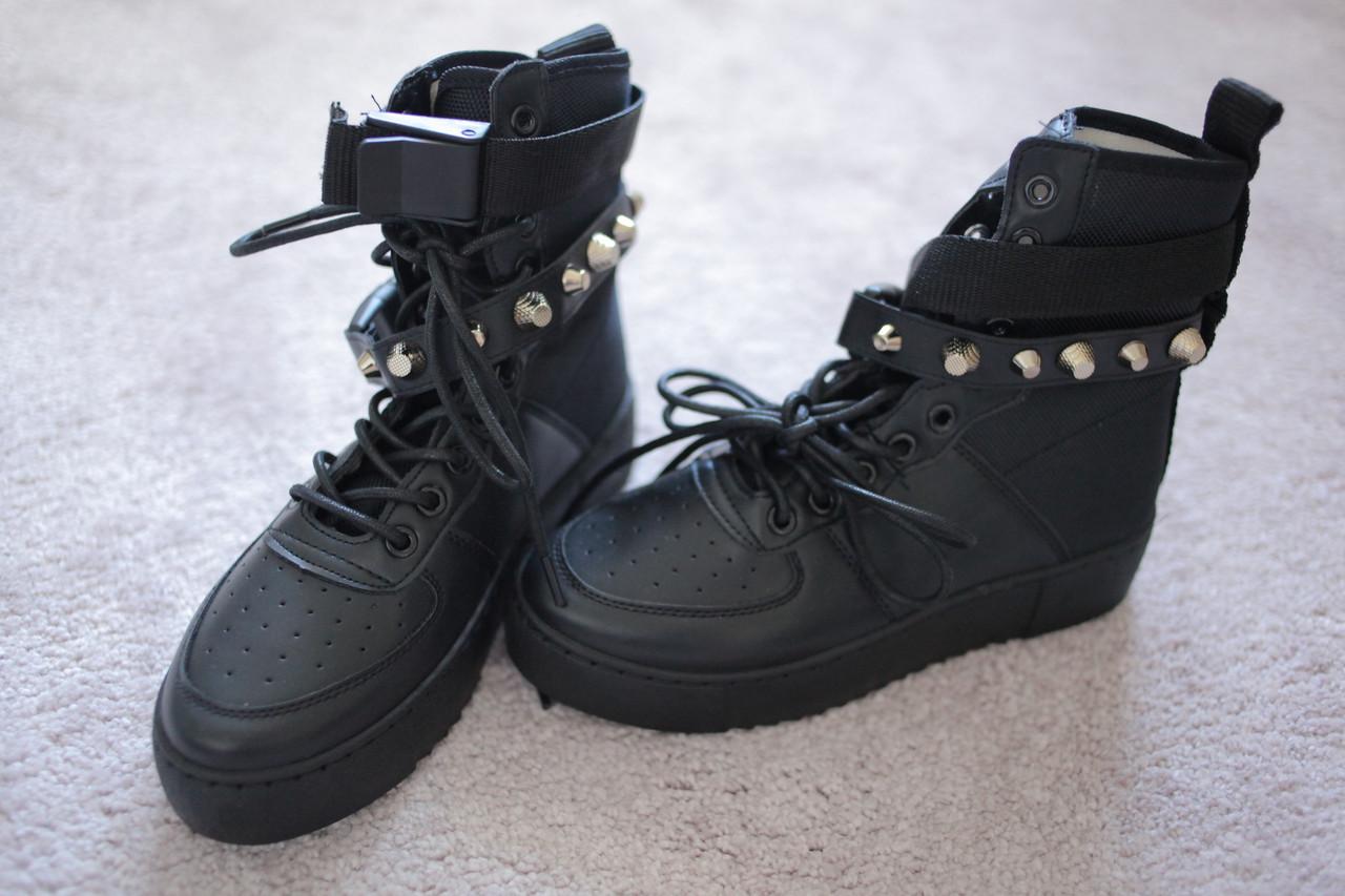 Женские кроссовки хайтопы черные высокие берци Nike Air Force Style Black 36 -39