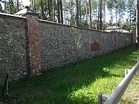 Забор, Фундамент, Цоколь из бутового камня. Фото. Киев