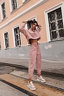 Замшевый костюм розового цвета 42-44, 44-46 р.