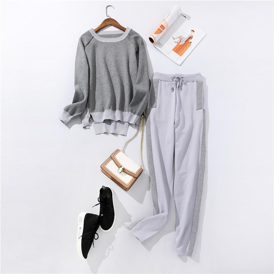 Женский стильный осенний костюм кофта и штаны серый размер S/M