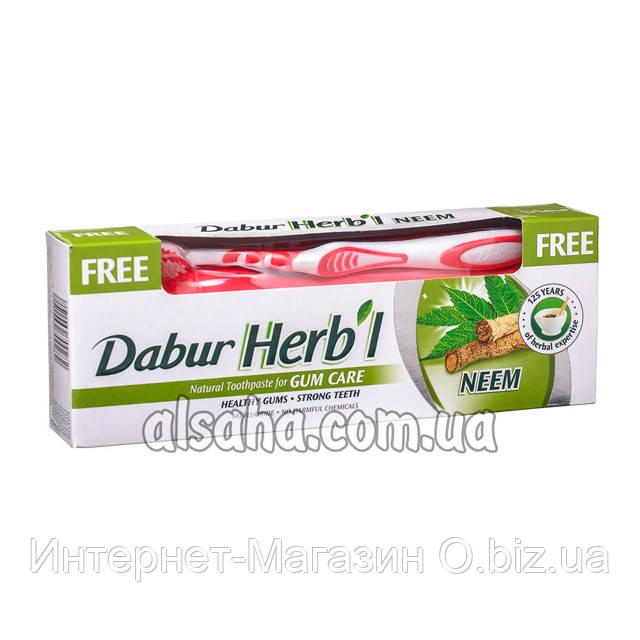 Зубная паста с Корой Нима Dabur