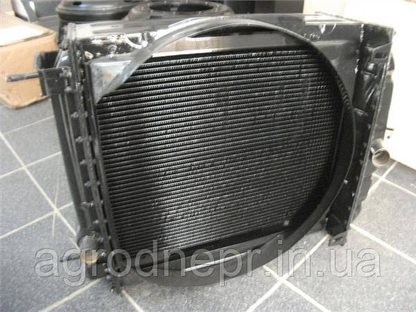 Радиатор водяной ЮМЗ 45-1301010-Б СБ